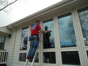 Fish window cleaning yellowstone mt carbon stillwater for Fish window cleaning