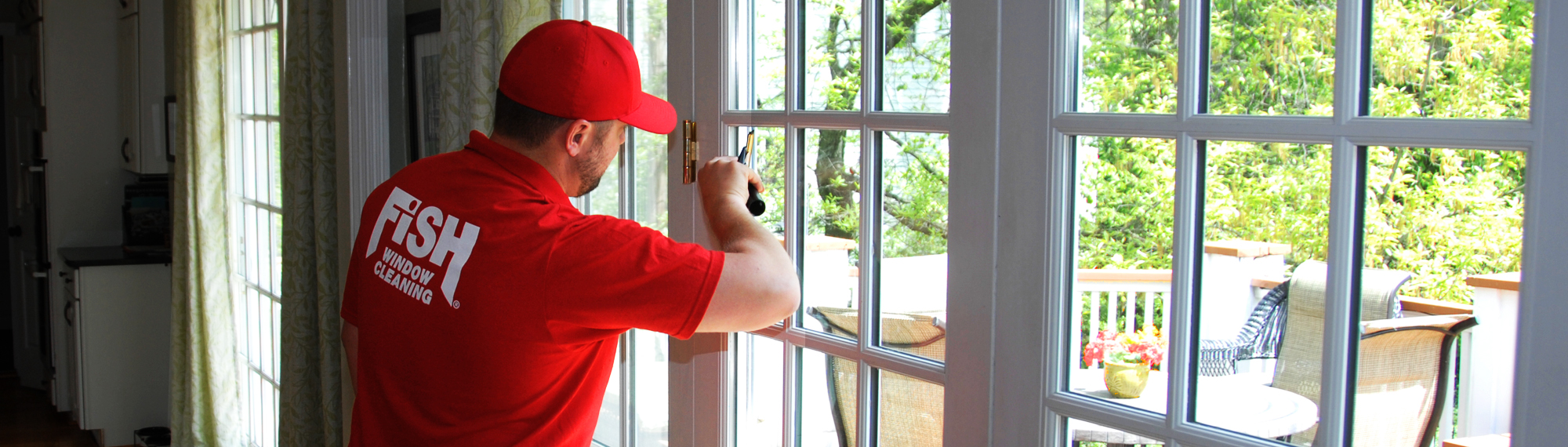 Fish window cleaning naperville oswego aurora for Fish window cleaning
