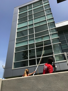 Cleaning Exterior Windows in New Orleans LA